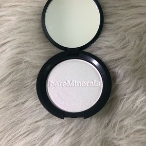 BareMinerals Highlighter- Whimsy